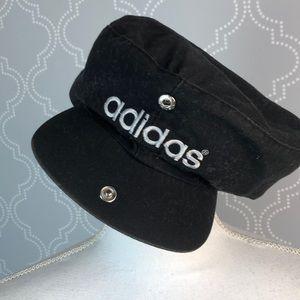 Adidas black snap bill hat